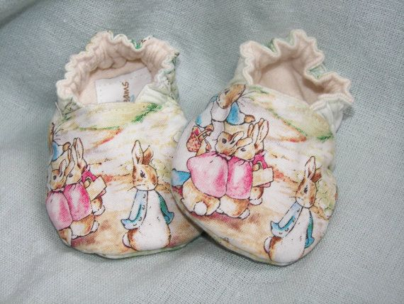 I'm going to need one of my friends to have a little girl so I can get them these little booties that are so precious they make me want to weep.