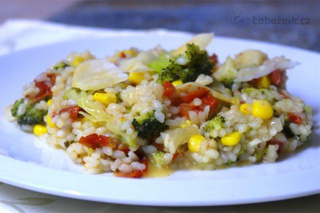 Krémové rizoto s brokolicí a sušenými rajčaty