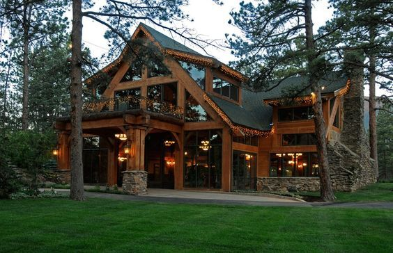 Old School Craftsmen Building with Actual Joints no nails thats building!!! Texas Timber Frames - Galleries :. Timber Trusses, Frame House Plans, Frame Homes, Post and Beam Homes, Log House Log Home Plans, Barn Homes