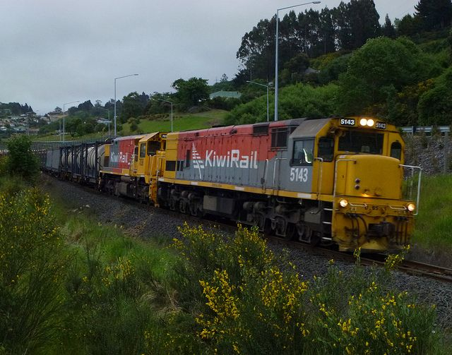 New Zealand - DXB 5143 and DFT 7036 Northbound Freight Train 938 rounds the curve at Caversham south of Dunedin by geoffreyw@kinect.co.nz, via Flickr