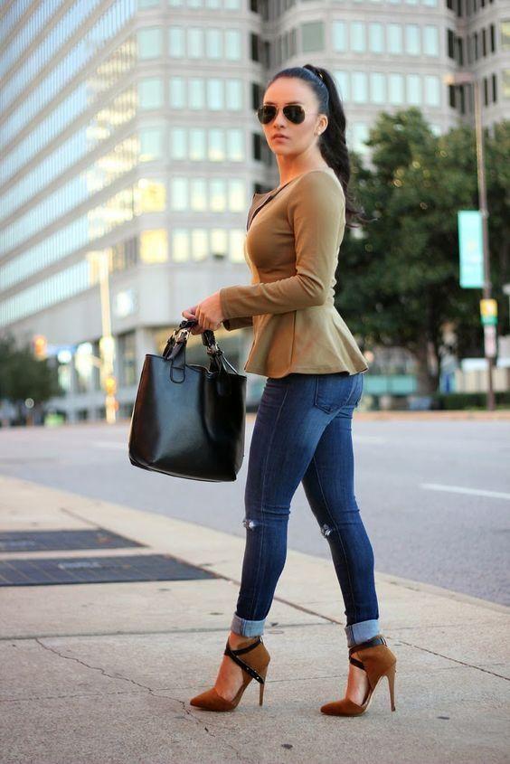 ideas de outfit con peplum top