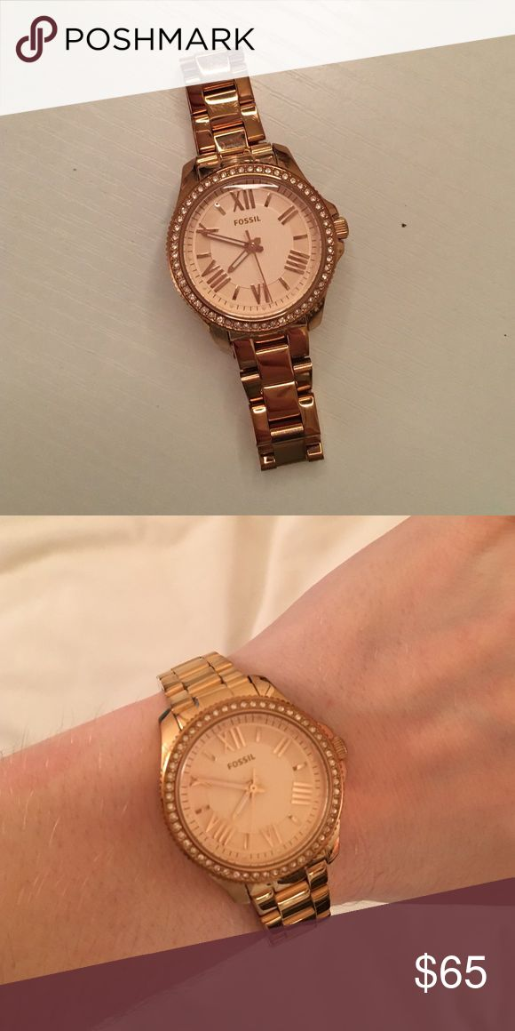 """""""FOSSIL"""" gold watch Fossil watch, worn only a few times, perfect condition, adorable for everyday wear! I will negotiate price! Fossil Accessories Watches"""