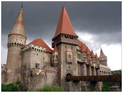 Architecture in Romania: Corvin Castle