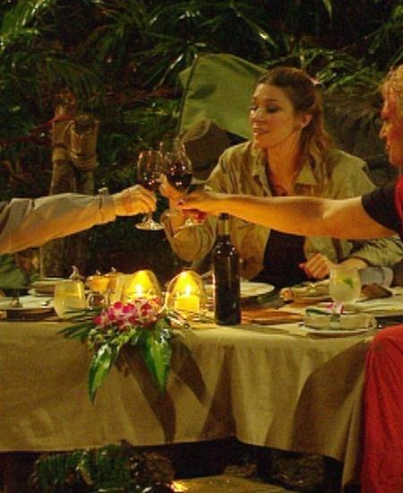 Dschungelcamp 2013 Finale: Dschungelkönig ist Joey Heindle - http://www.starsontv.com/2013/01/26/dschungelcamp-2013-finale-dschungelkoenig-ist-joey-heindle/artikel-0023868/