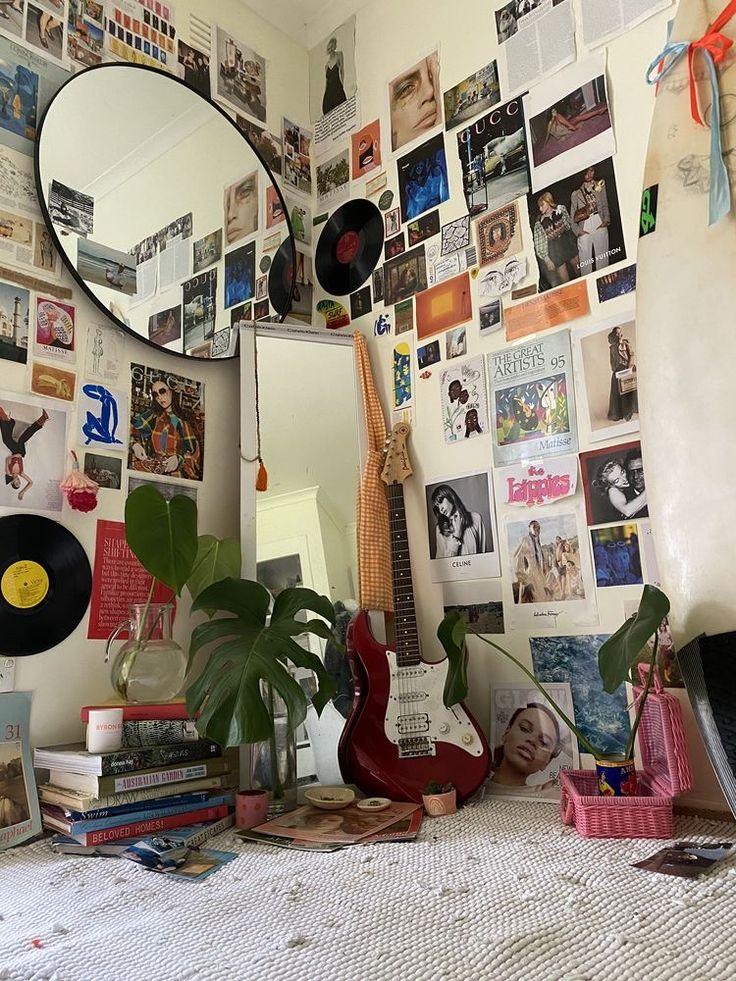 pinterest-@𝐥𝗼𝐬𝐭𝐢𝐧𝐣𝐱𝐩𝐚𝐧 🧷 in 2020   Indie room, Grunge ...