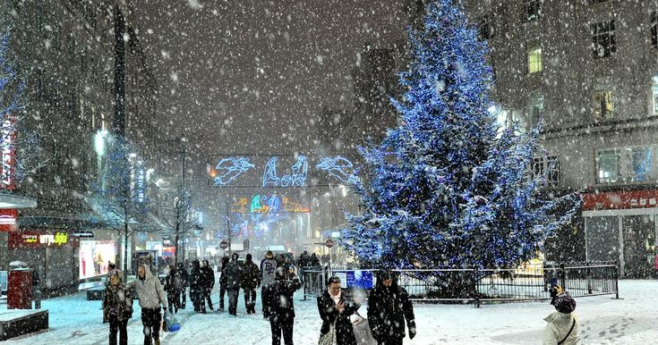 With temperatures dropping across Merseyside, bookies have released the odds of snow falling on December 25