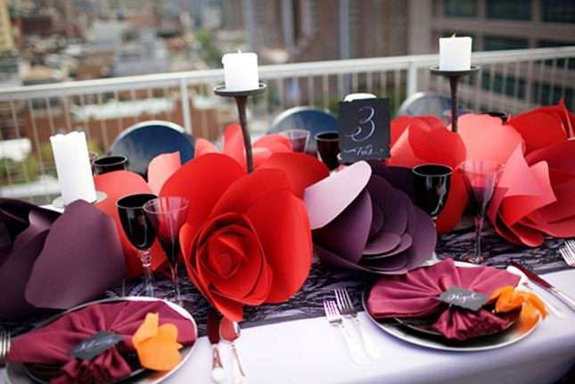 6 Stylish Ways To Incorporate Paper Flowers In A Sophisticated Wedding | bellethemagazine.com