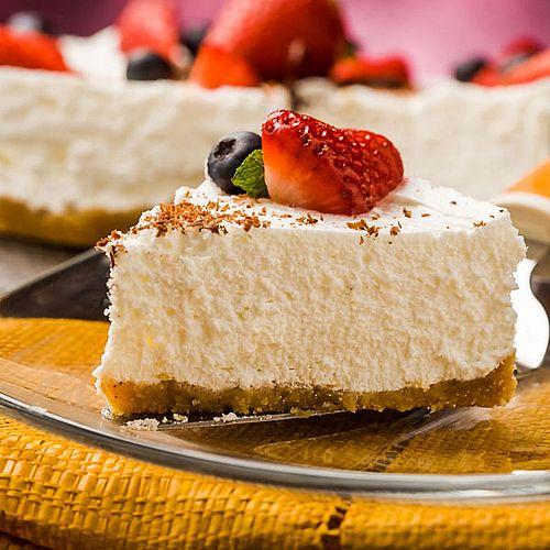 Leichte Low Carb Joghurt-Torte
