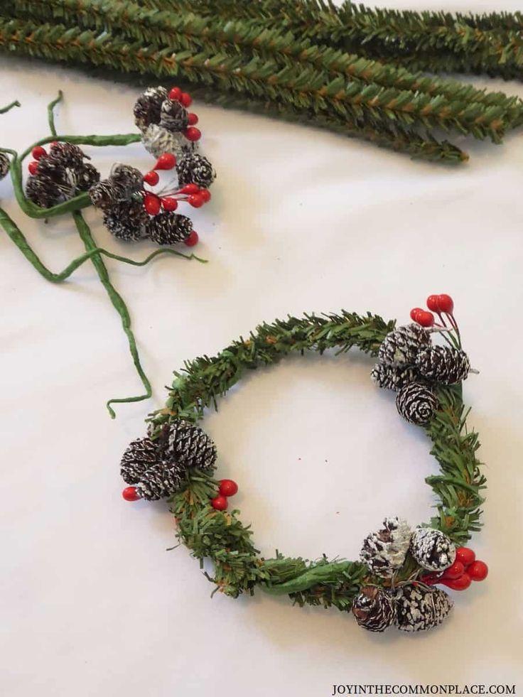 Diy Mini Christmas Wreath Ideas For Kids Christmas Projects For Kids Christmas Activities For Kids Christmas Wreaths Diy