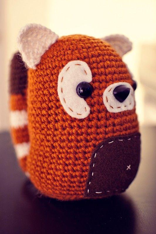 Amigurumi Panda Roux : 17 Best images about Crochet Mochi on Pinterest Toys ...