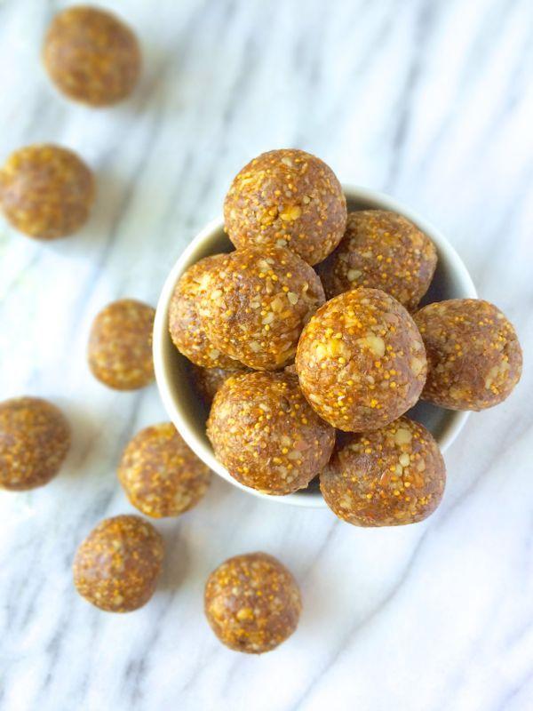 5 Ingredient No-Bake Fig Newton Bites {Gluten Free, Vegan & Paleo}