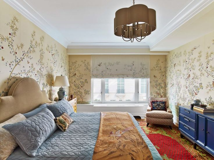 Wallpaper becomes an act of decor rebellion for millennials: Once the chosen decor for grandmas and dentists, wallpaper has returned to fashion thanks to ultra-stylish prints, dimensional fabrics and new materials. (Toronto Star 03 March 2017)