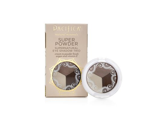 Innovative natural eye shadow that applies like a cream and sets to a powder, allowing for a smooth, velvety application that blends easy and provides a long-lasting, creaseless, flawless finish. Anti-aging ingredients including jojoba and argan oils.