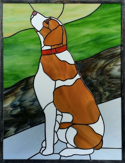 stained glass Brittany Spaniel by A Glass Menagerie (AGlassMenagerie.net)
