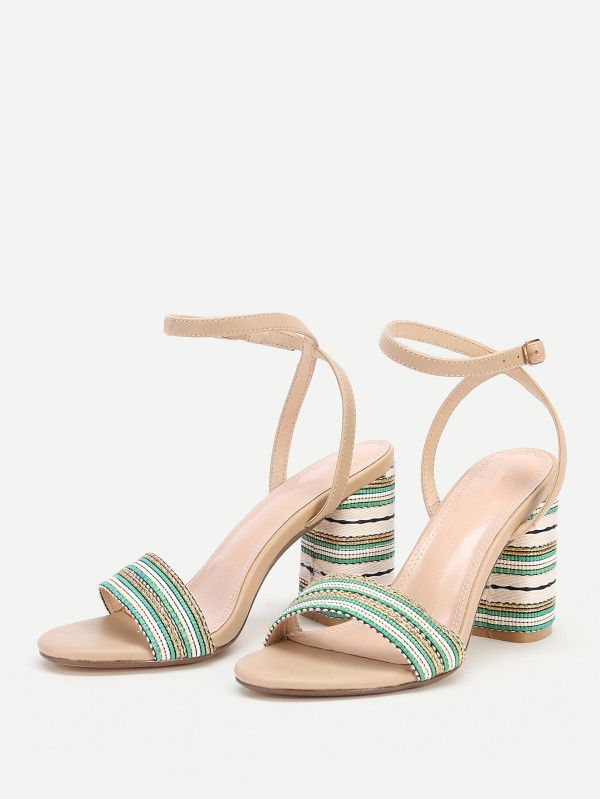 Betsey Johnson Womens Apfel Stoff wies l ssige Ankle Strap Sandalen