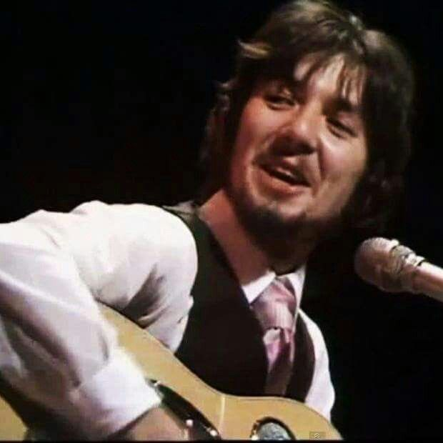 Ronnie Lane aka 'Plonk' saw this lovely man before he passed away at a Rod Stewart gig, although very ill & in a wheelchair Rod got him to sing. x