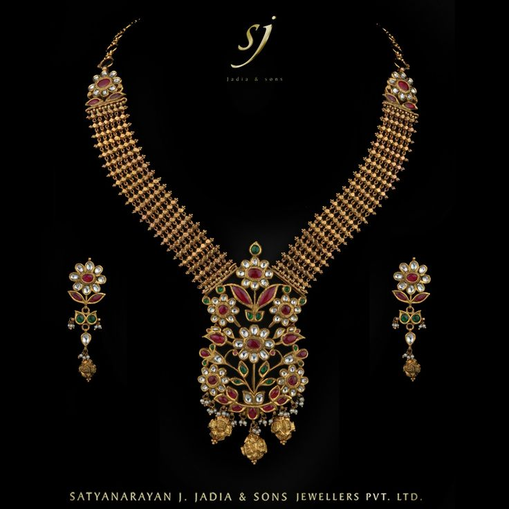 "-""Hirakanthi Belt Dual Side Wearable Necklace Earrings""- www.sjjadia.com"