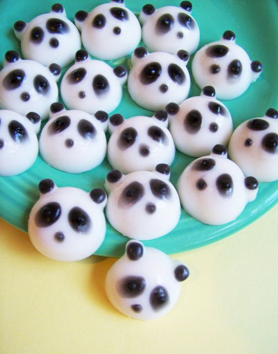 Thatleanne Baby Girl Nail Art And Some New Scented: 1000+ Ideas About Panda Bear Nails On Pinterest