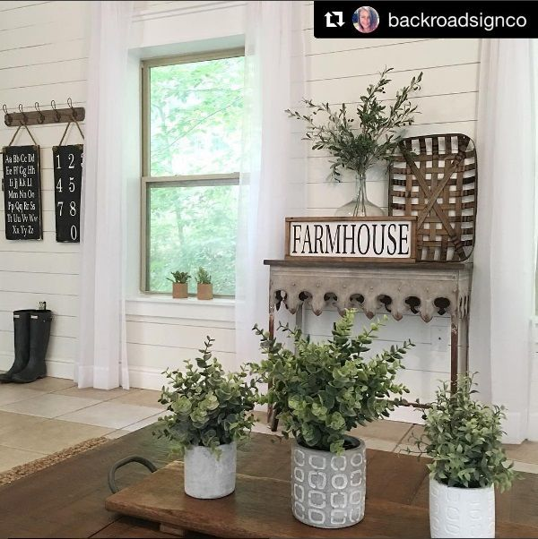 Farmhouse style, vintage decor, console table, wood furnishings, faux greenery, tobacco baskets, Fixer Upper Style, HGTV