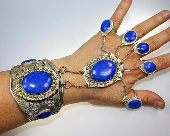 Handflower mit blauen Steinen  Lapis Imitat