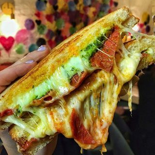 Pizza Grilled Cheese with Asiago, Mozzarella, Pepperoni, Tomato Sauce and Pesto,✅❤ @lets.eat.yall @cheesegrillenyc _ 188 Allen St, New York 10002 _ FOLLOW THE AMAZING RESTAURANT @CHEESEGRILLENYC _ #bestfoodworld CONTACT US FOR THE BEST MARKETING BUSINESSBESTFOODAROUNDTHEWORLD@GMAIL.COM TAG YOUR FRIENDS