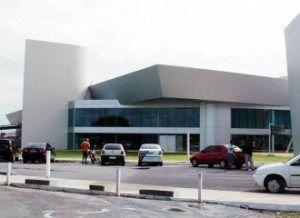 Chuvas cancelam pousos no Aeroporto Castro Pinto e obrigam passageiros a desembarcar em Recife e Natal | Tô de Olho Em Você