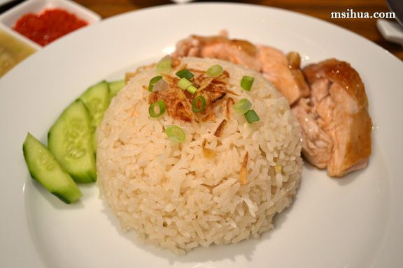 Want a delicious serve of juicy and succulent Roasted Hainanese Chicken served with warm fragrant rice on a cold Autumn night? Topped with a zingy chilli and ginger sauce, and a hearty bowl of chic…