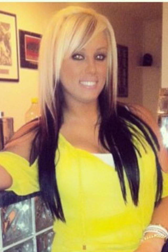 Pleasing Hair Color Blonde On Top Dark Underneath Short Hairstyles Gunalazisus