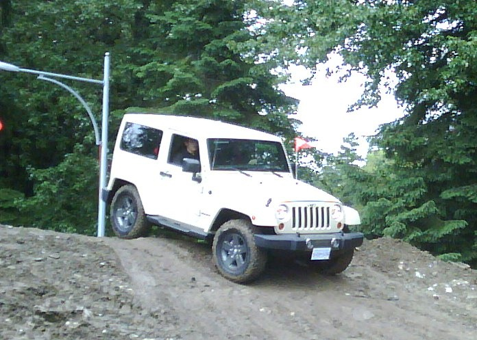 Rocks & Roads challenge. On the course.  Facebook: https://www.facebook.com/JeepCanada  Twitter: https://twitter.com/jeepcanada