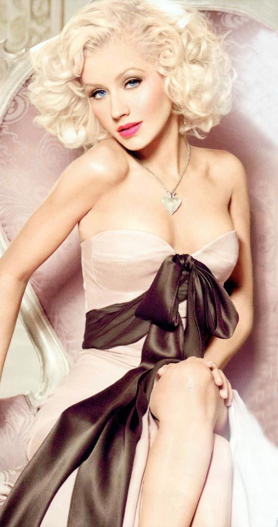 Christina Aguilera - talk about a VOICE!  Whew!  One of the strongest contemporary singers out there!