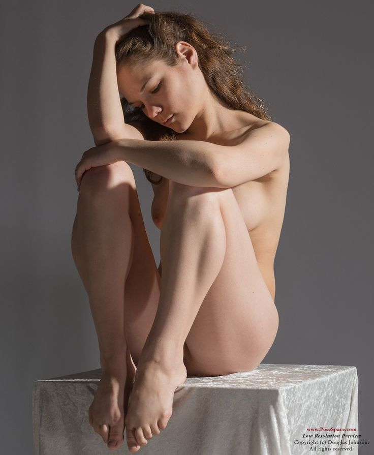 Access average nude art models