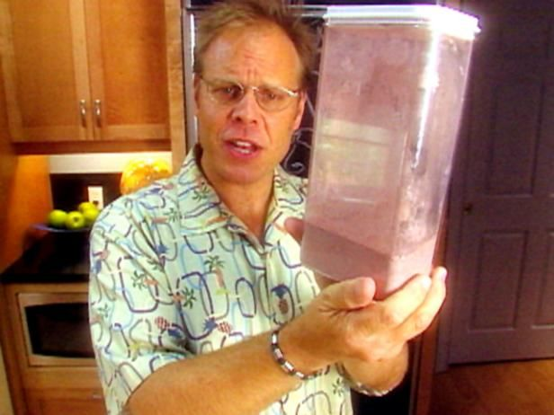 Get Alton Brown's Instant Chocolate Pudding Mix Recipe from Cooking Channel