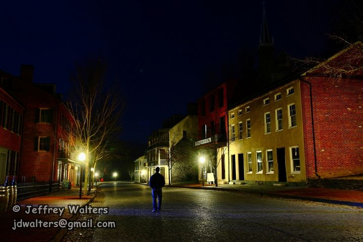8 Terrifying #Ghost Stories That Prove Harpers Ferry Is Most Haunted City In West Virginia http://www.onlyinyourstate.com/west-virginia/harpers-ferry-ghosts/