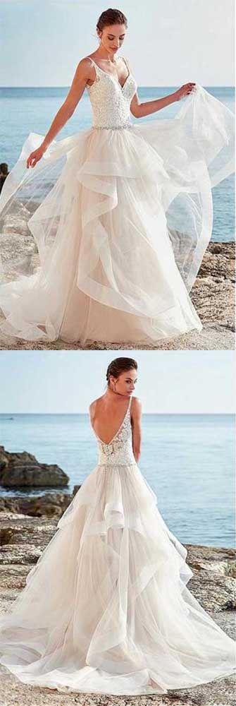 Spaghetti Straps Neckline Backless V-Neck Tulle A-Line Wedding Dresses uk With Beaded#beachweddingdress#ivory#vneck#bridaldress#beach#elegant