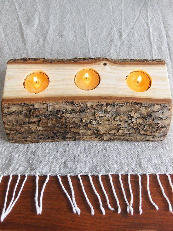 Kerzenständer Holz Taufkerze ~ hat es zwei große Seiten (eine Seite zeigt sich das Kernholz und Holz