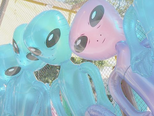Alien inflatables... 90s much!