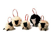 Sheep ornaments and yarns on pinterest for Sheep christmas ornament craft