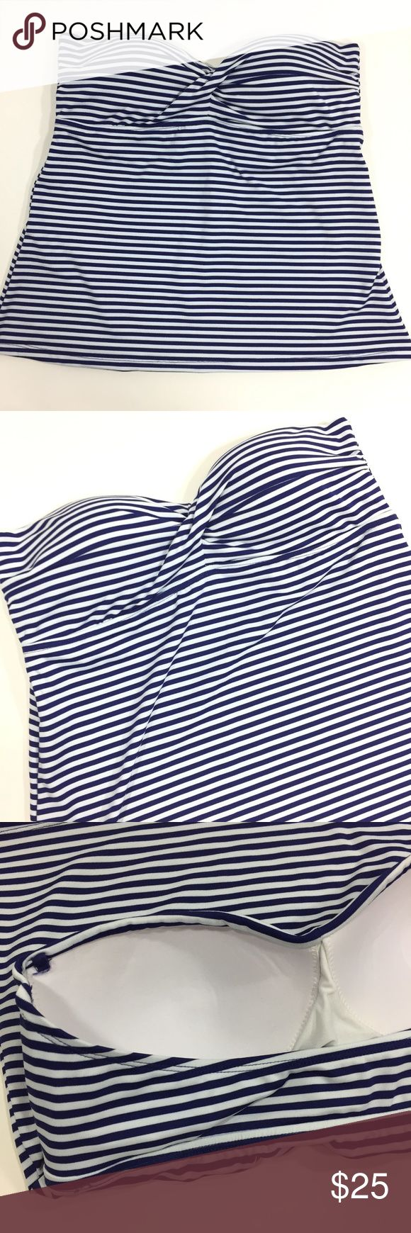 NEW Mossimo Women's Tankini Top Size XL NEW Mossimo Women's Tankini Top Size XL Blue White Striped Tankini Top Strapless Padded  New with tags Please see pictures for measurements Mossimo Supply Co. Swim Bikinis