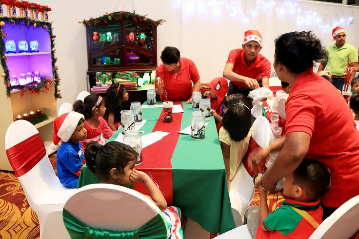 Cinnamon Grand's highly popular Santa's Workshop was held on 17 December at the Atrium.