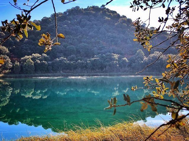 No Permitas Que La Hojarasca Del Ahora Te Impida Ver La Montaña Del Mañana Bsevillanom Ruidera Nature Natural Landmarks Landmarks