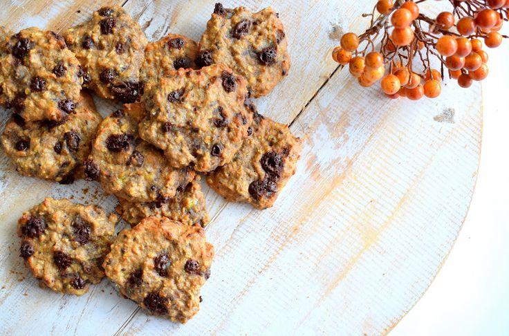 Gezonde chocolade koekjes - Healthy Wanderlust (klik op de afbeelding voor het recept + video!)