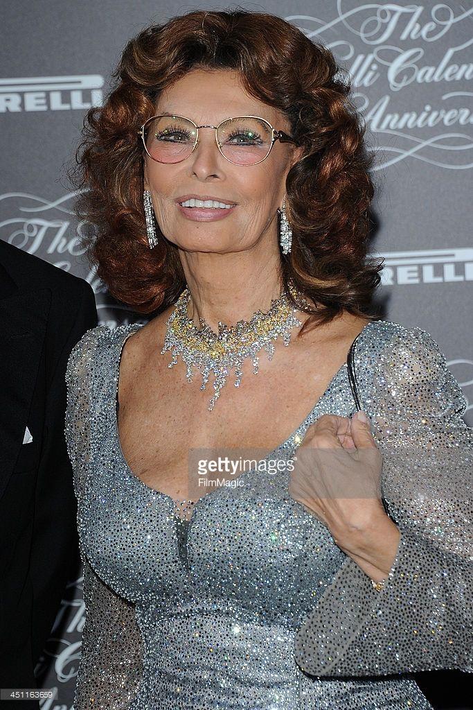 Sophia Loren attends The Pirelli Calendar 50th Anniversary - Red Carpet on November 21, 2013 in Milan, Italy.