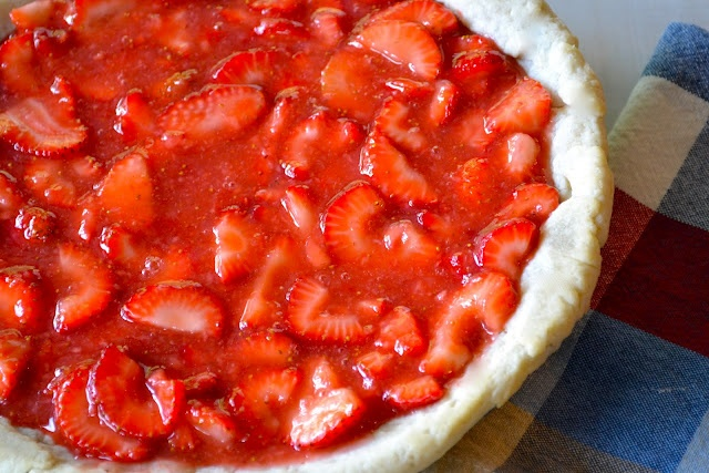 Mother Thyme: Strawberry Pie