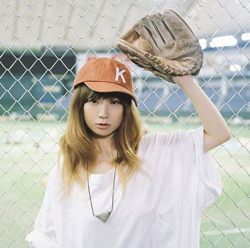 YUKI - playball.  This single will be heavily featured in the soundtrack to my 2012 northern hemisphere summer. Another wonderful slab of summery pop goodness. Even though it's a cold grey Melbourne day, listening to this makes it feel like it's warm, the sky is blue and the sun is shining outside.