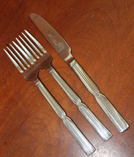This set of silverware is from Reed & Barton and is marked Rebacraft . Wonderful traditional style 2 forks (7 5/8) 1 knife (8 7/8) Convo me to ship internationally, buy wholesale, create a custom set, or combine shipping. I am willing to break up incomplete sets. Convo me to set up a custom order. Bin 23