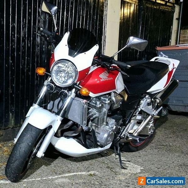 Honda CB1300 8600 miles! (not Hornet CB1000r CB900 streetfighter) #honda #cb1300 #forsale #unitedkingdom