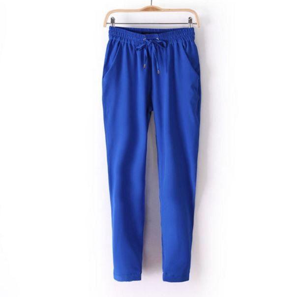 Módní dámské barevné volné pohodlné kalhoty modré – Velikost L Na tento produkt se vztahuje nejen zajímavá sleva, ale také poštovné zdarma! Využij této výhodné nabídky a ušetři na poštovném, stejně jako to udělalo již …