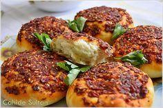 BİBERLİ EKMEK (Hatay Yöresi) Different version of the Kurdish pepper bread I've posted before...recipe in Turkish.