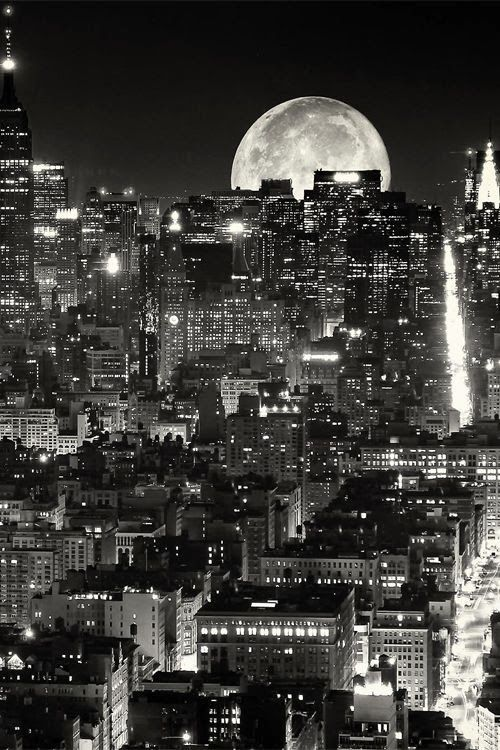 Full moon, NYC...I will get there this year and ensure it is by the light of the Full Moon! #GeorgeTupak
