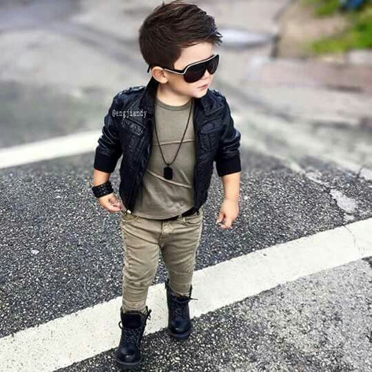 Smart Boy Love Wallpaper : Look lindo, bebe estiloso, mercedes, blaser branco, crianca, gravata, estilo, ofg white. Genial ...